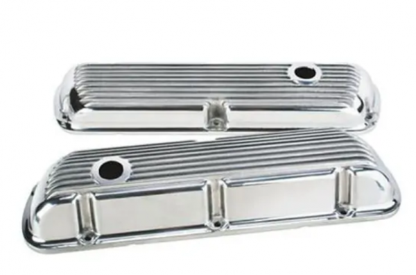 SMALL BLOCK FORD TALL FINNED VALVE COVERS W/HOLE